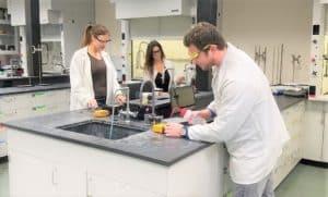 uv-vis-spectrometer-chemistry-lab